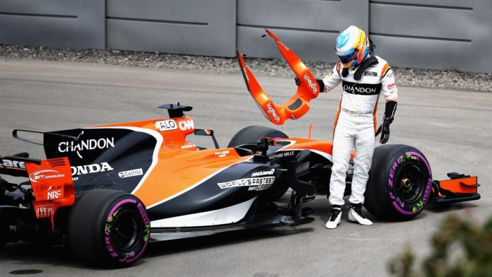 alonso honda mclaren crash casse abandon