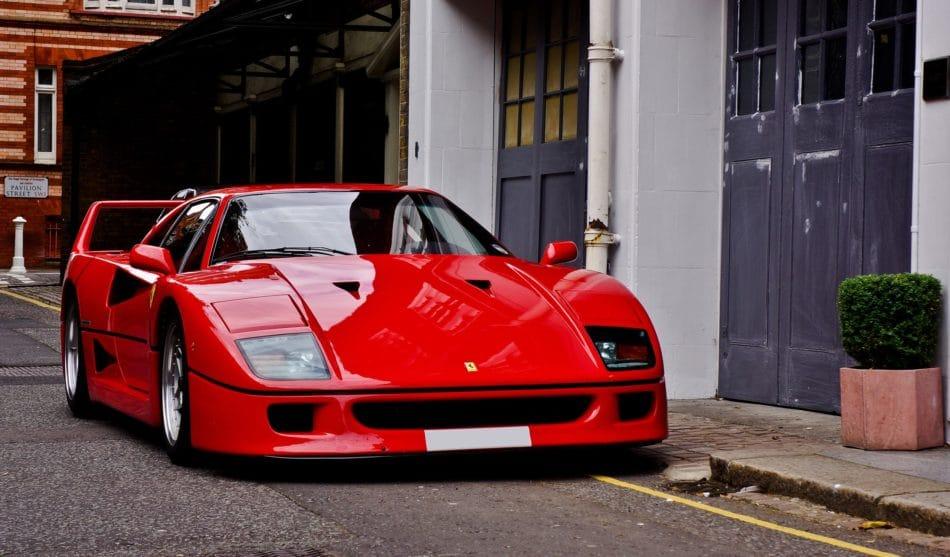 Ferrari F40 rouge - 70 ans de Ferrari