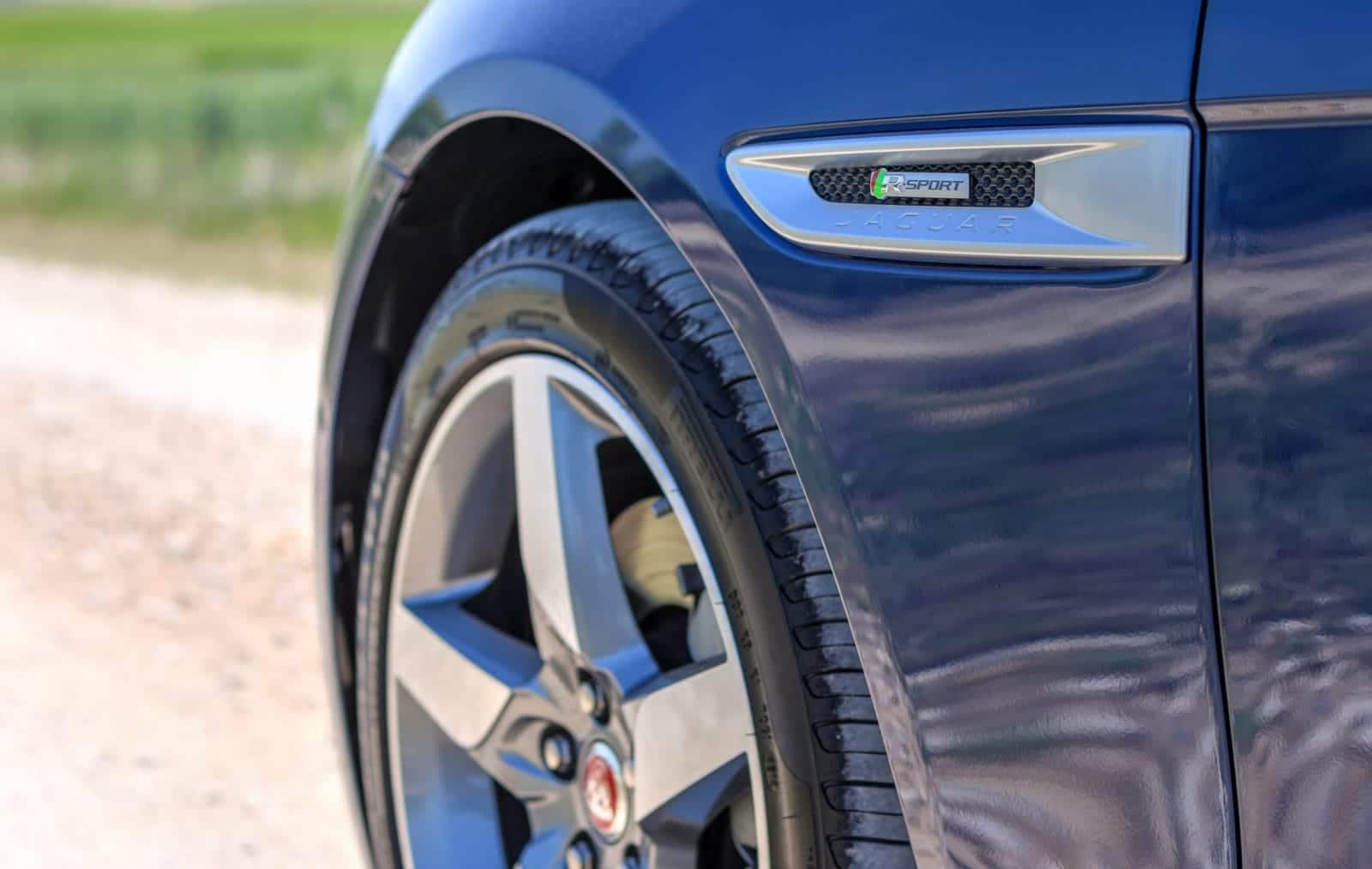 Jaguar XE R-Sport - Concession Jaguar Land Rover Automotion Lyon