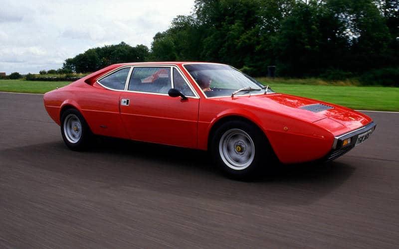 Ferrari 308 GT4 (1973) - Moteur central arrière