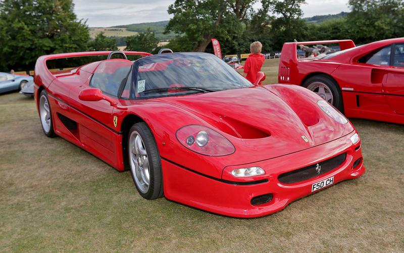 Ferrari F50 (1995) - Moteur central arrière