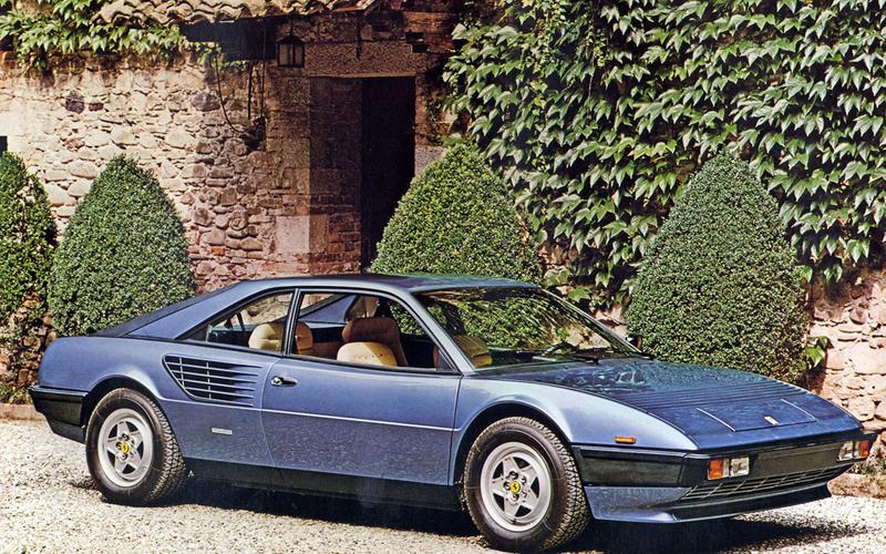 Ferrari Mondial (1980) - Moteur central arrière