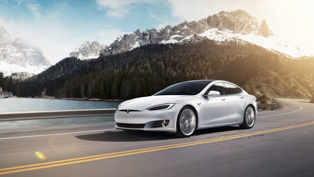 Model S - top 10 voitures innovantes