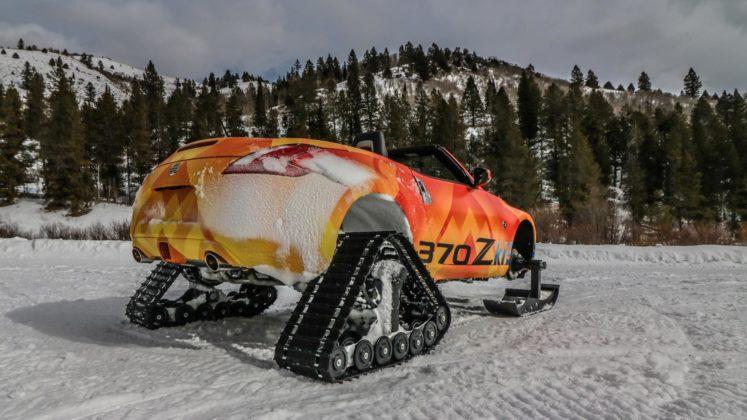 Nissan 370Zki snowmobile 4