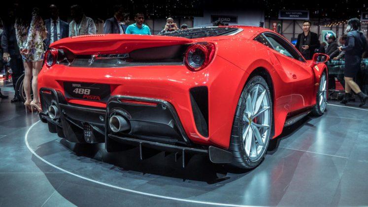 Ferrari 488 Pista au Salon de Genève 2018 (8)