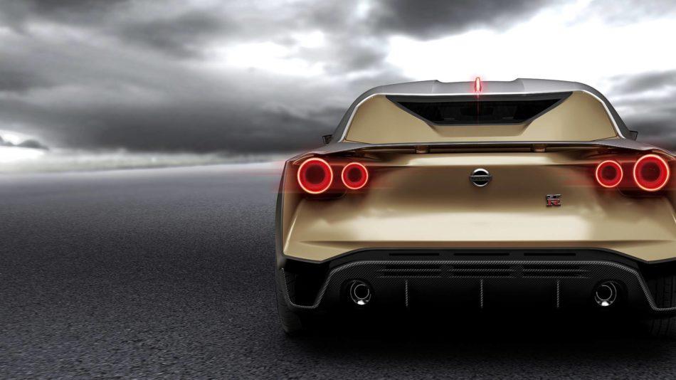 Feux LED et arriere doree de la GT-R50