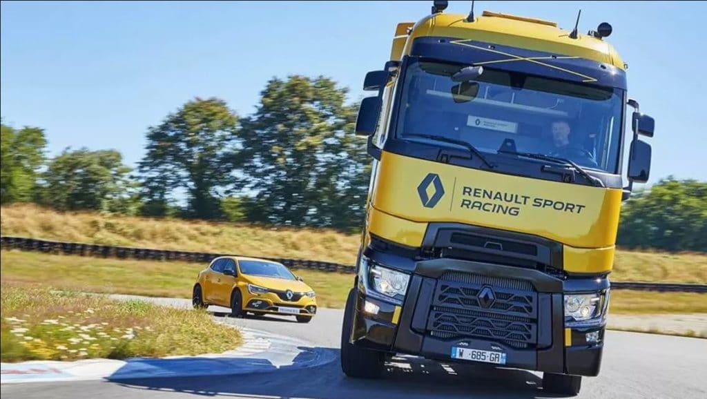 Renault Trucks T High RS Racing