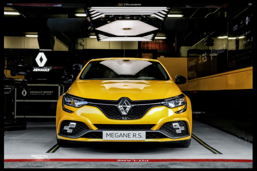 Stands circuit Renault Megane RS Trophy