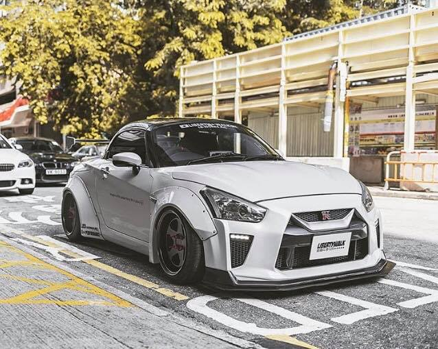 Liberty Walk - Mini GT-R - 2