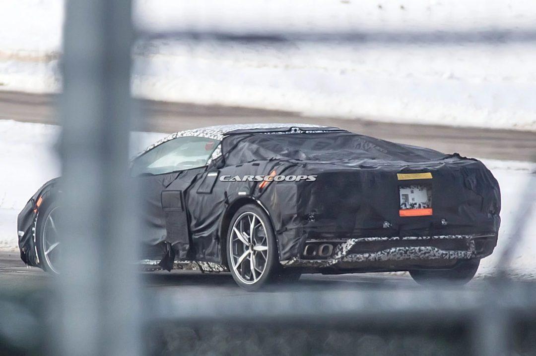 Arrière de la Chevrolet Corvette C8