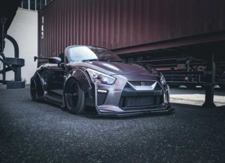 Liberty Walk - Mini GT-R cover