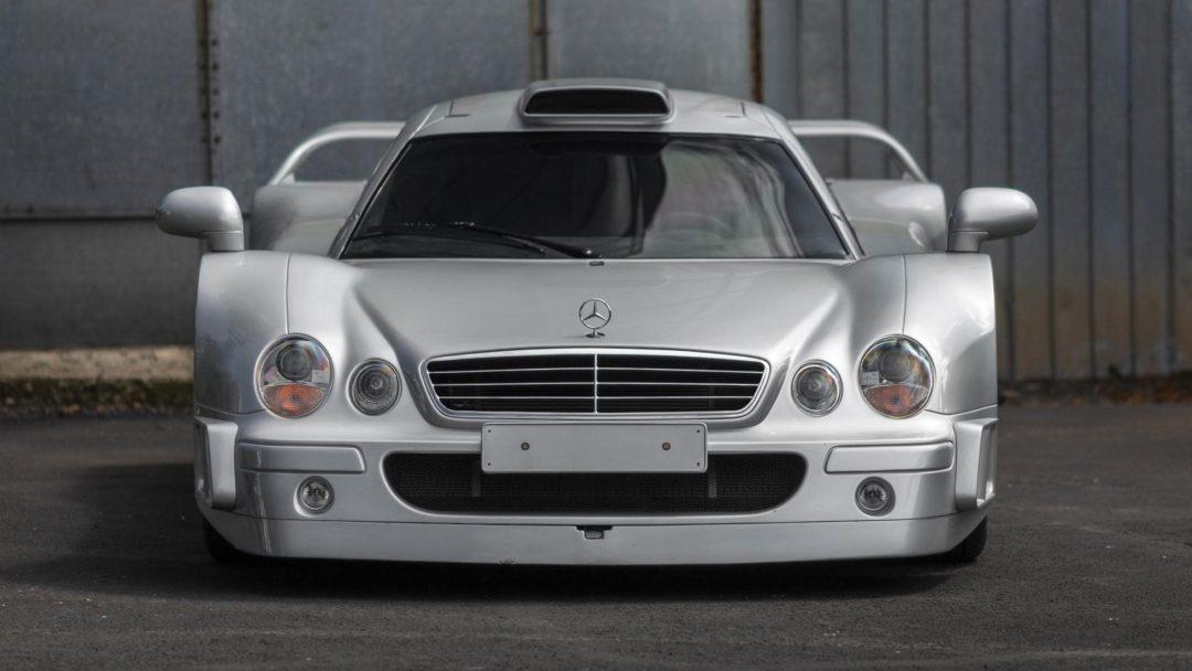 Mercedes CLK GTR de face