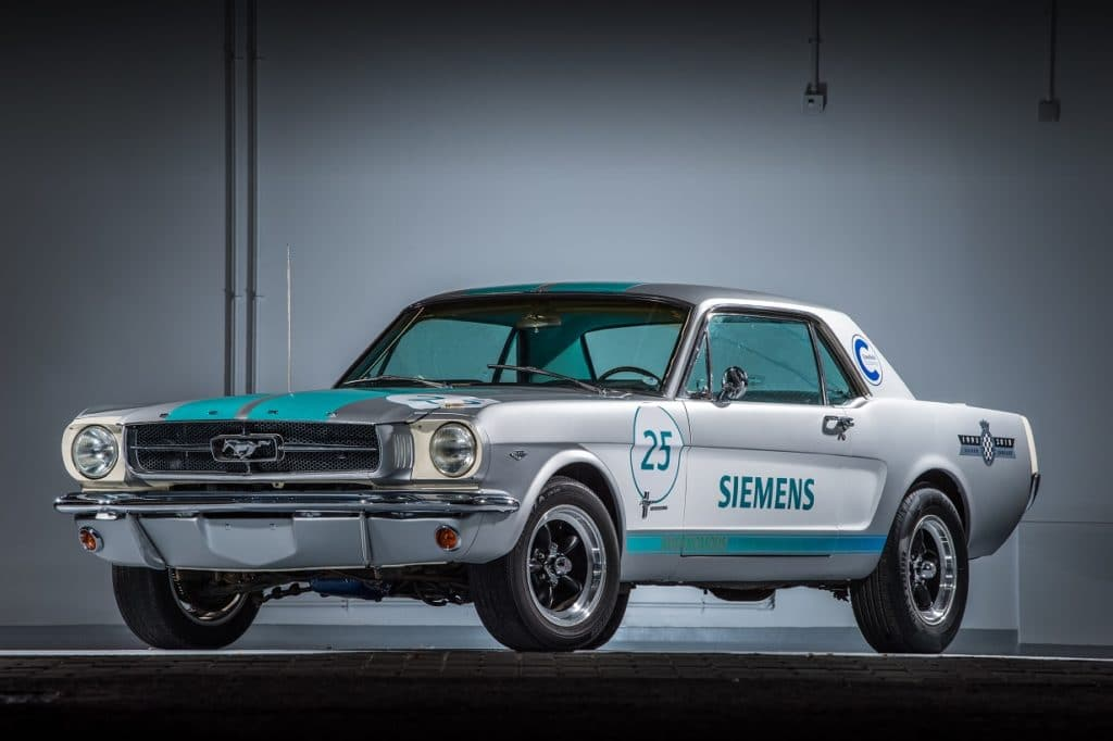 Ford Mustang 1965 autonome de Siemens