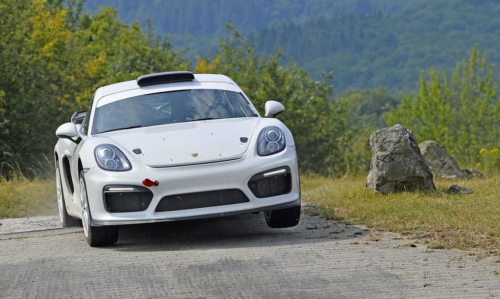 La Porsche Cayman RGT en action !