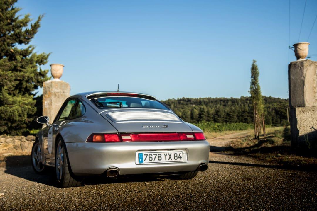 Arrière 3/4 Porsche 911 Carrera 4S type 993