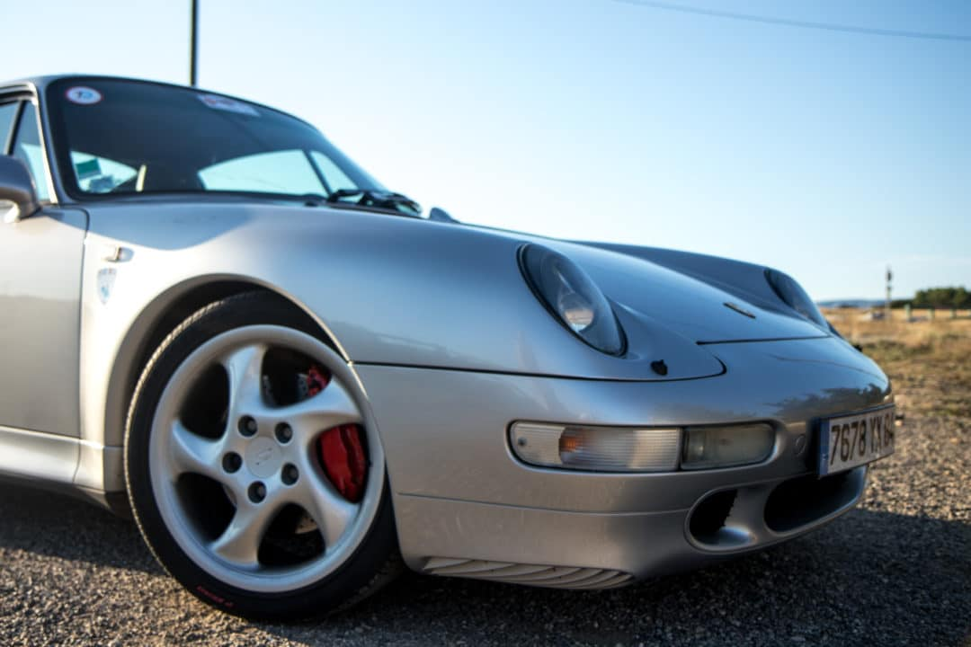 Face avant Porsche 911 Carrera 4S type 993
