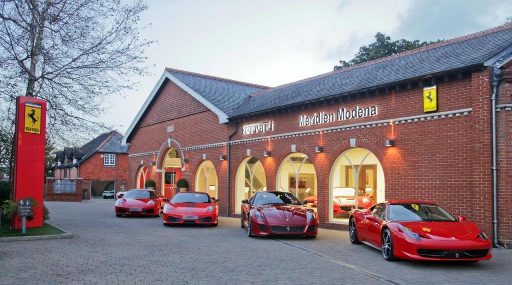 Ferrari dégage 69 000 euros par voiture