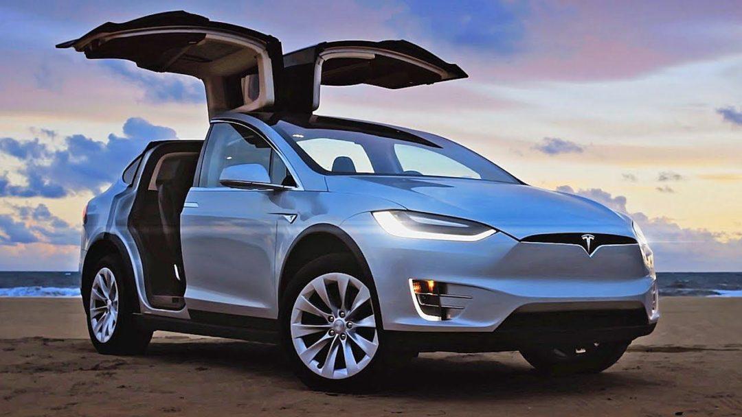 Tesla perd de l'argent : 11 000 euros par voiture