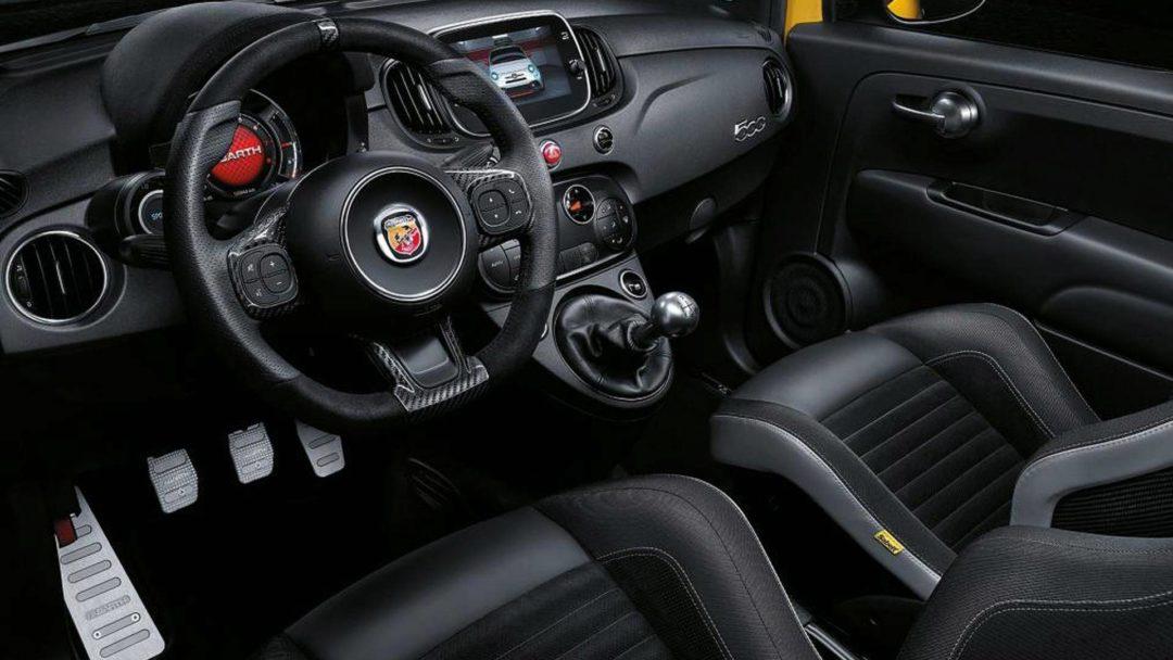 Intérieur volant 595 Abarth