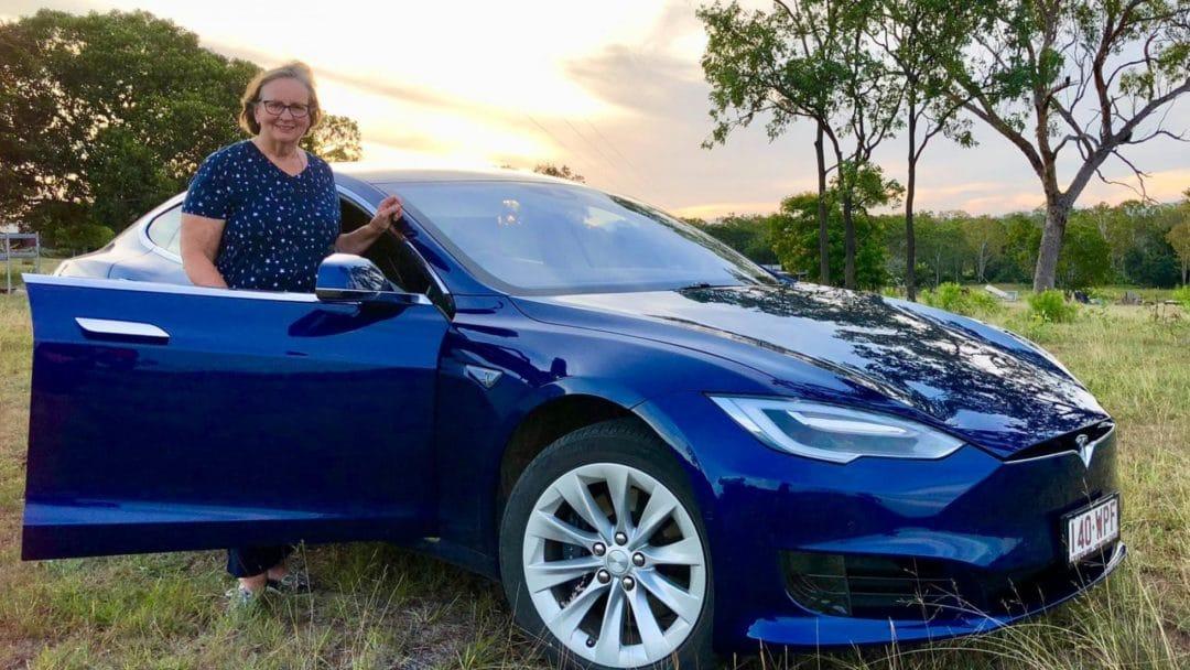 L'aventure formidable de Sylvia en Tesla