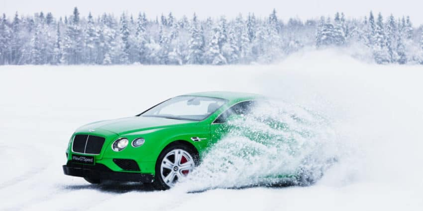 Bentley frozen lake Pneu hiver