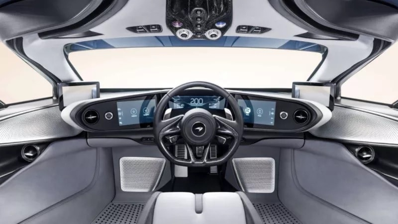 Cockpit McLaren Speedtail (2019)