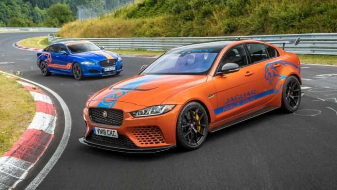 Jaguar XE Project 8 : nouveau Taxi du Nürburgring