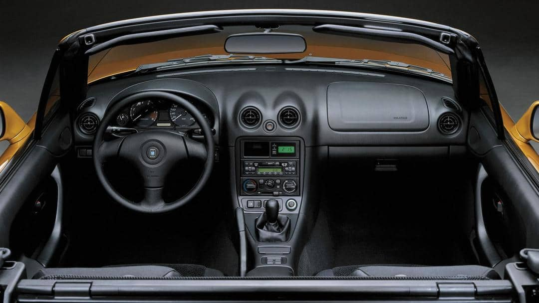 Mazda MX-5 NB (2)