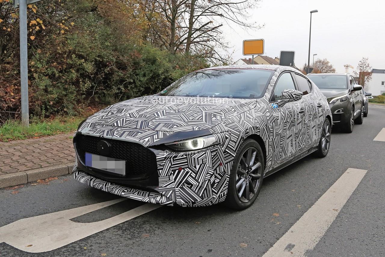 Spyshot 2019 Mazda 3