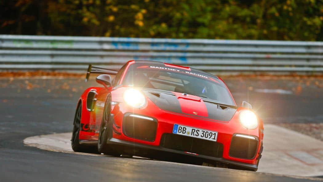 Porsche 911 GT2 RS bat le record du Nürburgring-Nordschleif