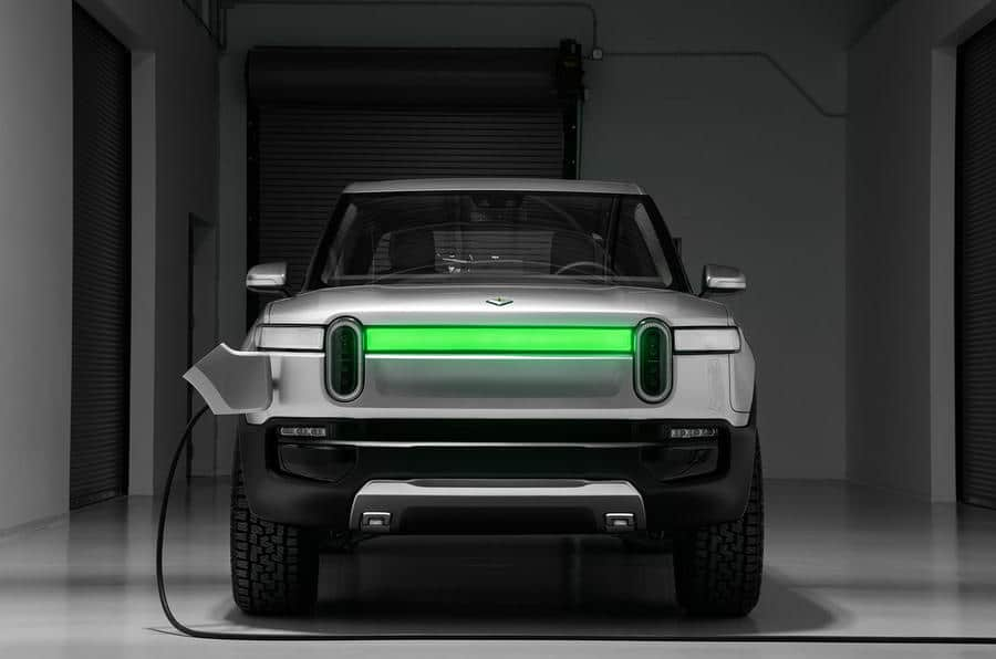 batteries recharge Rivian R1T