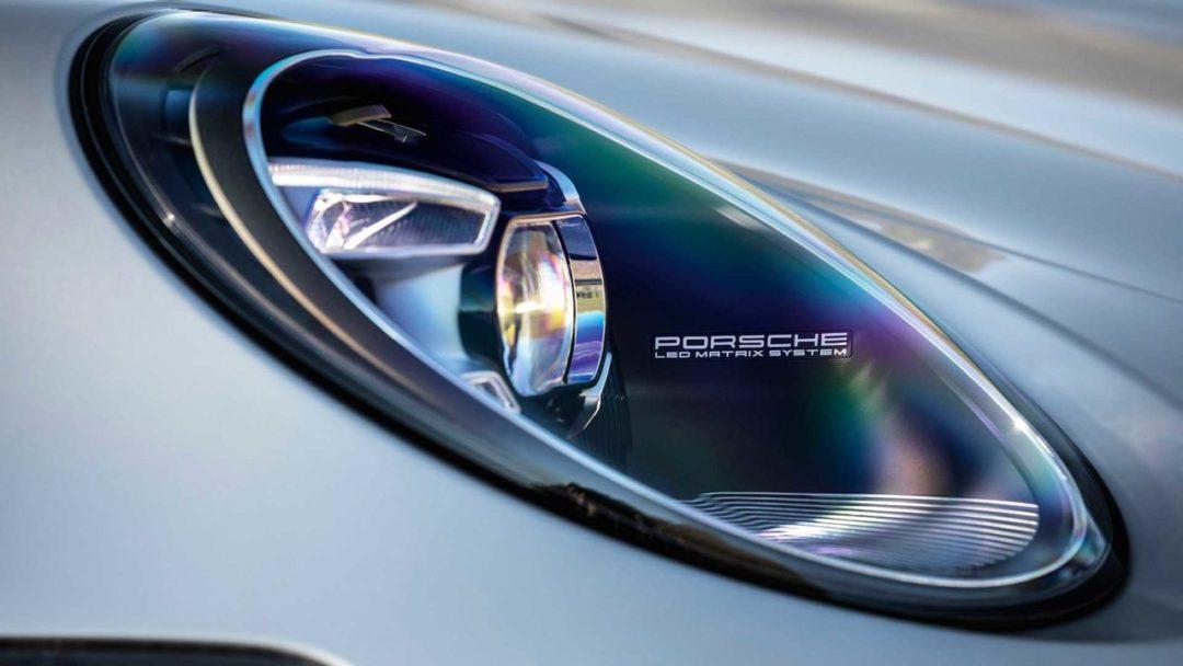 Nouvelle Porsche 911 (992) phares avant