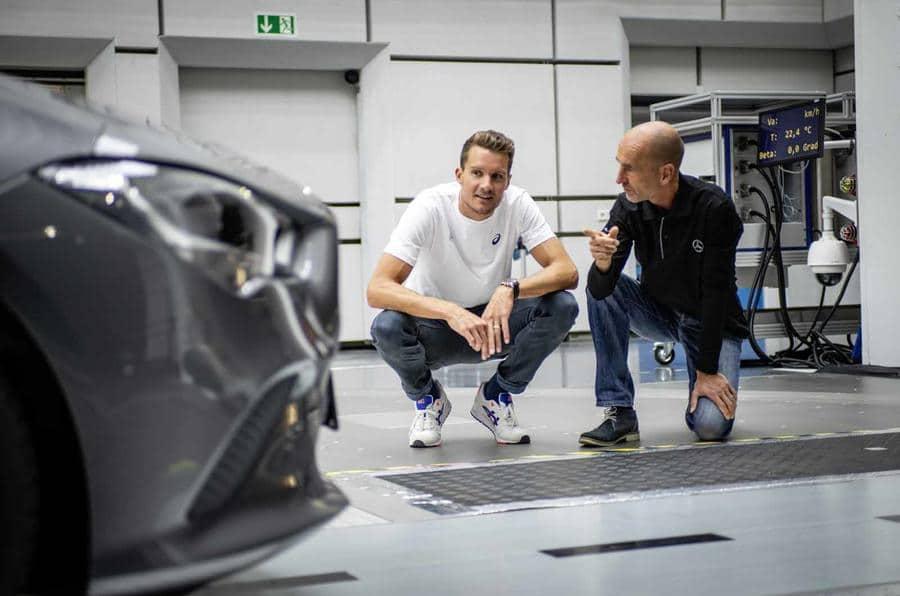 Teaser 2019 Mercedes CLA