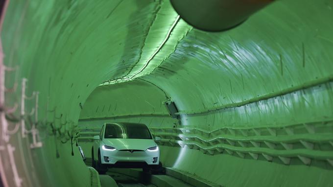 Tunnel Tesla pour éviter les embouteillages