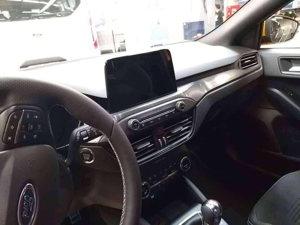 Interieur (2) Ford Focus ST (2019) sans camouflage