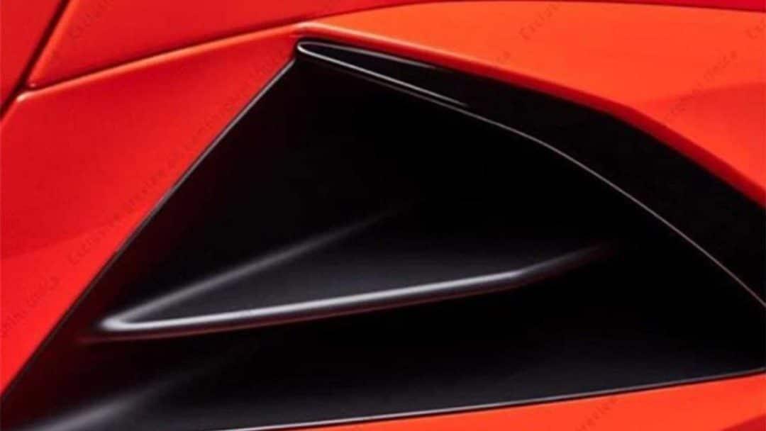 teaser du pare-choc avant de la Lamborghini Huracan restylée