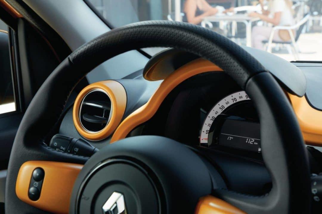 Tableau de bord de Nouvelle Renault Twingo restylée (2019)