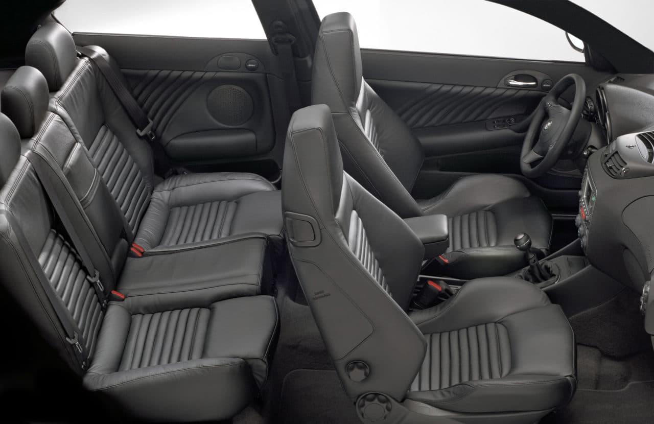 Alfa Romeo 147 GTA intérieur