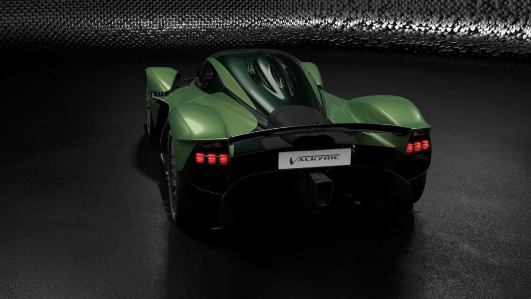 Aston Martin Valkyrie pack AMR Track Performance Mantis