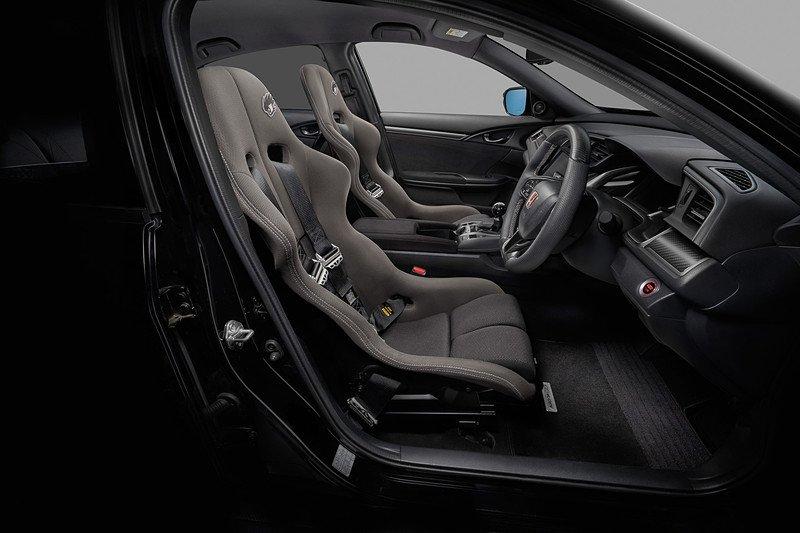 Intérieur de la Honda Civic Type R RC20GT