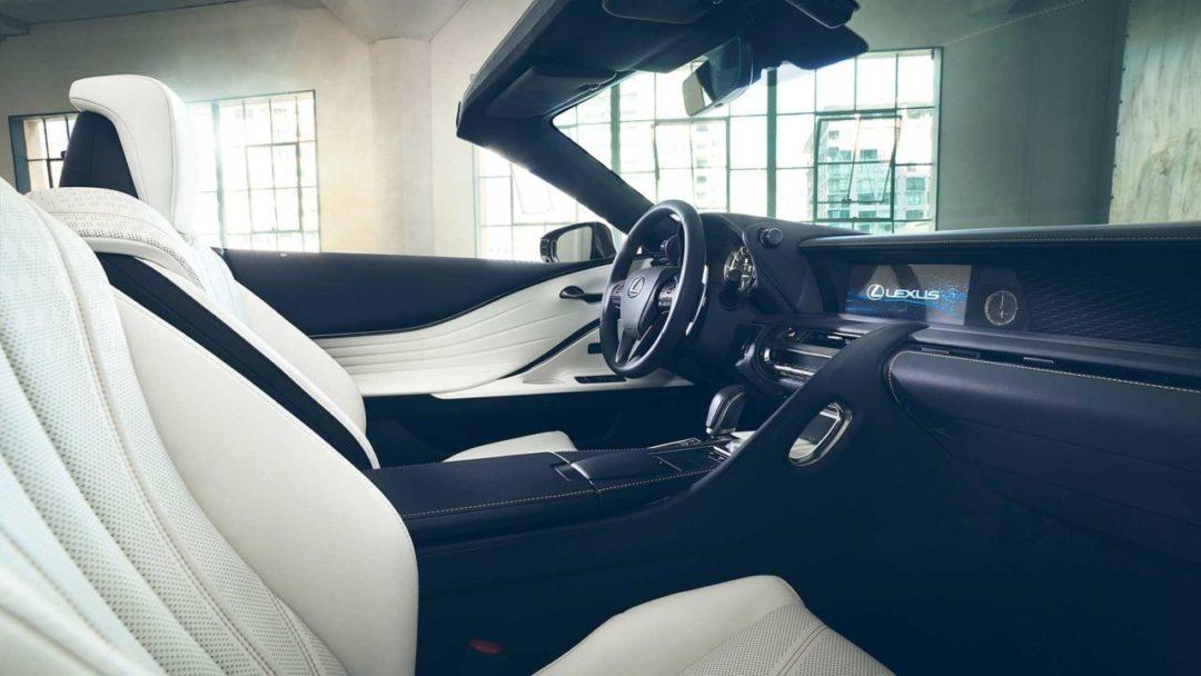 Intérieur de la Lexus LC Cabriolet concept