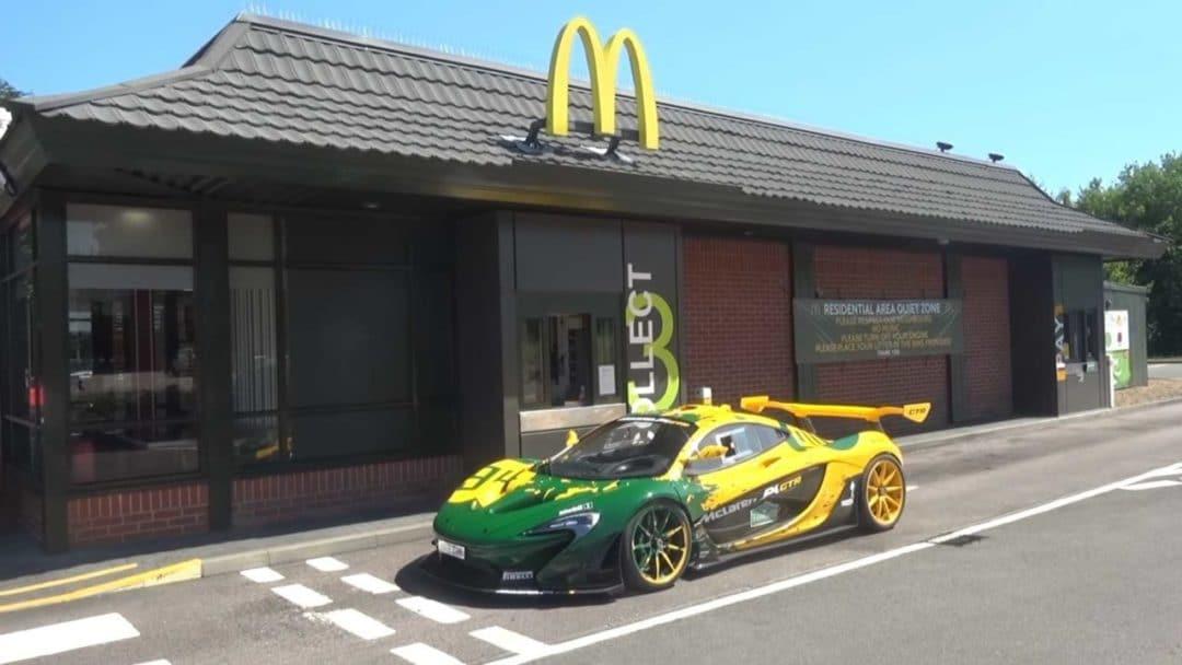 McLaren P1 GTR au Mcdonald's
