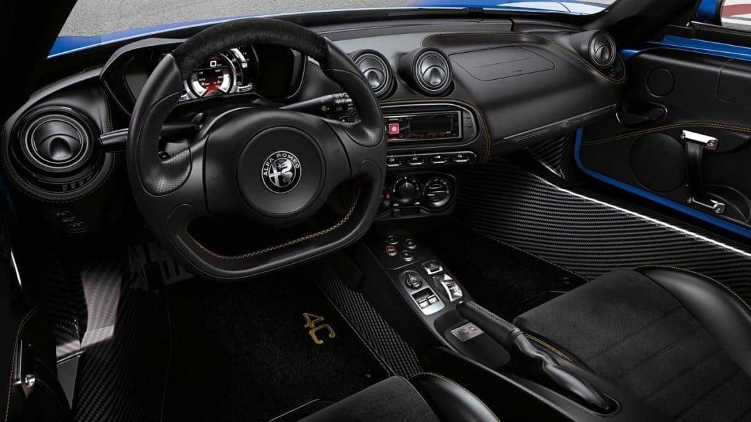 Intérieur de l'Alfa Romeo 4C Spider Italia (2020)