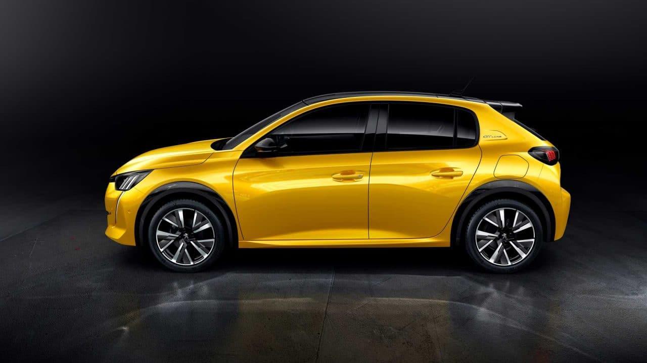 Peugeot 208 (2019) de profil