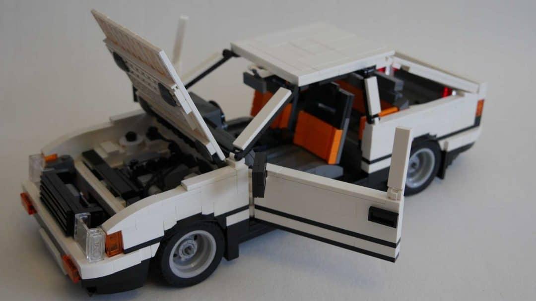 Toyota AE86 Trueno Lego ouverte