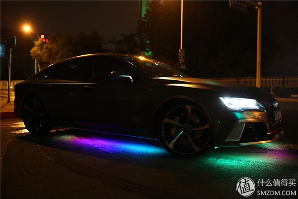 Audi S7 - néons
