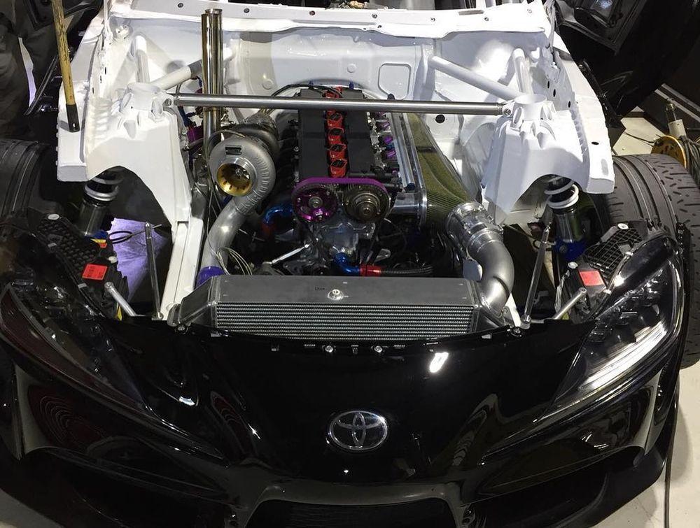 Toyota Supra A90 avec un moteur 2JZ-GTE