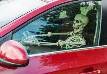 Squelette conducteur vitesse