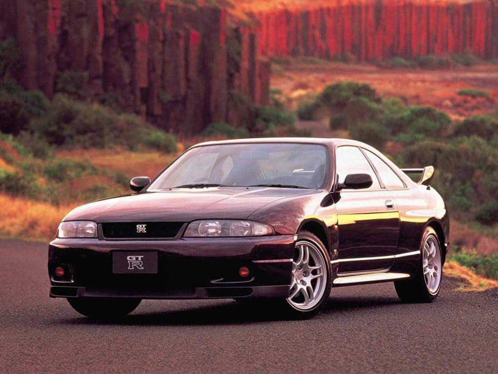 Nissan GT-R (R33)