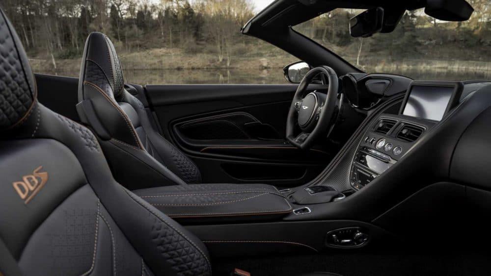 Intérieur de Aston Martin DBS Superleggera Volante